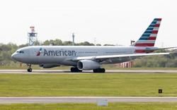 Hàng không Mỹ vội xin lỗi vì cáo buộc hành khách ăn cắp