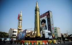 """Đáp trả """"sức ép"""" Mỹ, Iran ra tín hiệu chiến hạm hạt nhân"""