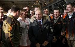 """Ông Putin """"tung hoành"""" khắp nước Nga vận động tranh cử"""