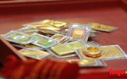 Giá vàng đang ở mức cao nhất trong 6 tuần, USD giảm mạnh