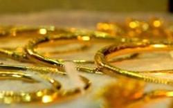 Giá vàng hôm nay (1/10): Tiếp tục giảm theo đà thế giới