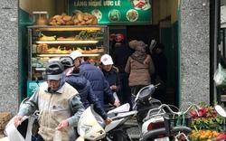 Dân tình hối hả mua sắm đồ lễ: Mặt hàng nào tăng giá nhất?