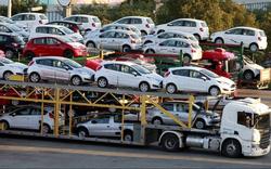 Điểm danh các mẫu xe tăng giá sau Tết