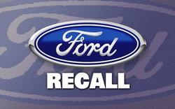 Hãng Ford thu hồi 830.000 xe do lỗi chốt cửa