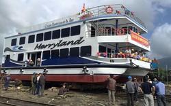 Hạ thủy tàu du lịch vỏ composite đầu tiên của TP.Đà Nẵng