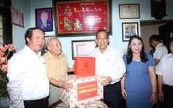 Phó Thủ tướng Thường trực thăm, tặng quà người có công TP. Hải Phòng