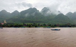 Phong Nha - Kẻ Bàng ngừng đón khách vì nước lũ dâng cao
