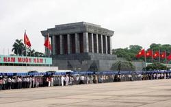 Lăng Chủ tịch Hồ Chí Minh đón khách đến viếng trở lại từ ngày 16/8