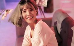 Vũ Cát Tường lần đầu tiên để tóc dài, mặc váy hồng trong MV Come Back Home