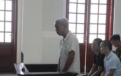 19 năm tù cho ông lão đâm chết người chỉ vì cống nước