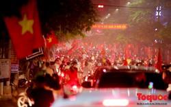 Bắt giữ 8 xe mô tô, 12 đối tượng lợi dụng Olympic Việt Nam chiến thắng để đua xe