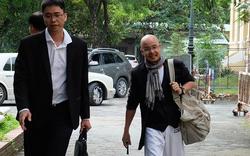 """Ông Đặng Lê Nguyên Vũ """"thoải mái"""" khi đến tòa hòa giải ly hôn"""