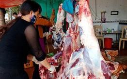 CLIP: Đổ xô đi mua dù giá thịt trâu, bò tăng phi mã