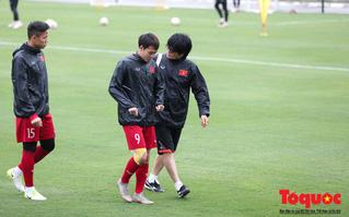 """Ngọc Hải, Văn Toàn tập riêng với """"bộ não của HLV Park Hang - seo"""" trước trận chung kết lượt về AFF Cup 2018"""