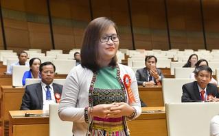 Đại biểu quốc hội 9x Hà Ánh Phượng, top 10 giáo viên toàn cầu nói về ngày đầu tiên ở nghị trường