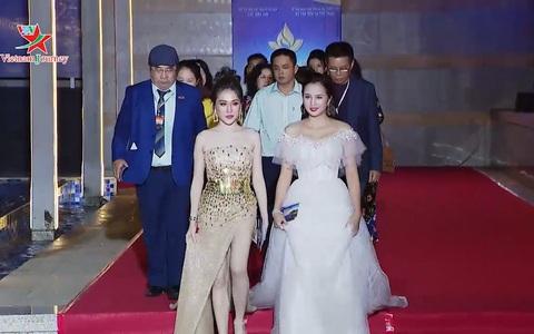 Các nghệ sỹ đánh giá cao Lễ khai mạc Liên hoan phim Việt Nam lần thứ 21