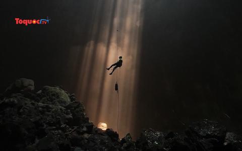 Phát hiện 12 hang động mới hoang sơ ở Quảng Bình