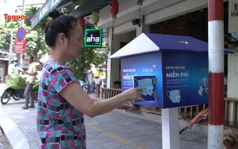Hà Nội: ''ATM khẩu trang'' miễn phí xuất hiện phục vụ công tác phòng dịch Covid-19