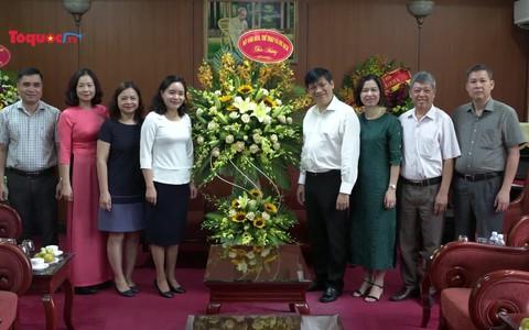 Thứ trưởng Trịnh Thị Thủy thăm và chúc mừng các cơ quan báo chí nhân Ngày Báo chí cách mạng Việt Nam