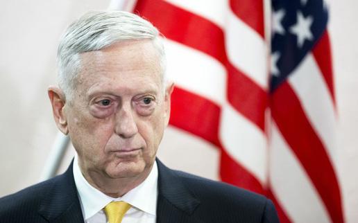 """Giữa đồn đoán từ chức, Bộ trưởng Quốc phòng Mỹ vẫn cố """"xoa dịu"""" Bắc Kinh"""