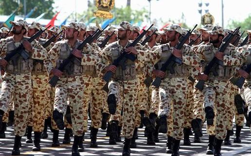 """""""Bóp nghẹt"""" túi tiền: Kế sách Mỹ đánh bật Iran khỏi Syria?"""
