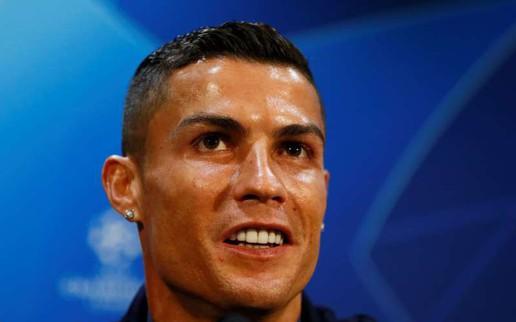 Mourinho tán dương Ronaldo cầu thủ hay nhất mọi thời đại