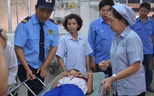 50 học sinh tiểu học bị nôn, tiêu chảy sau khi ăn trưa tại trường