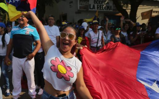"""Venezuela lún sâu khủng hoảng, đứng trước thời kỳ """"hậu Maduro"""""""