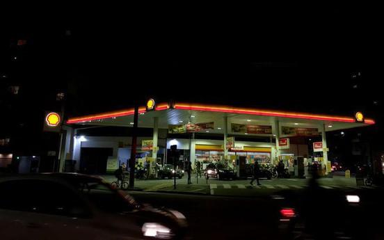 """Trung Đông """"sôi sục"""" đẩy giá dầu biến động"""