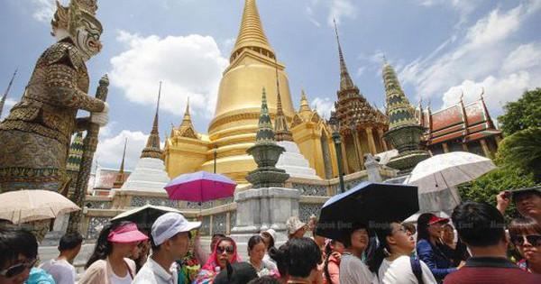 Du khách nước ngoài trên 50 tuổi phải có bảo hiểm sức khỏe khi xin visa dài hạn tại Thái Lan
