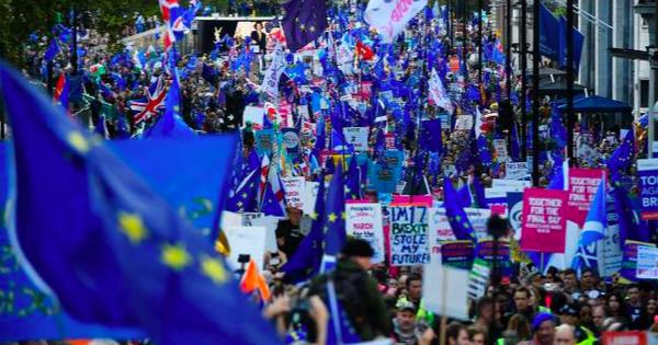 ''Rung chuyển'' Quốc hội Anh đẩy Thủ tướng Boris Johnson và kỳ vọng Brexit vào ngõ cụt