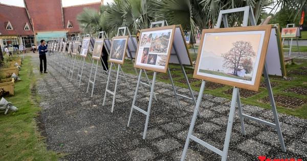 Ngắm nhìn vẻ đẹp Việt Nam qua triển lãm ảnh '' Đại đoàn kết các dân tộc - Di sản Văn hóa Việt Nam ''