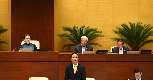 Sáng nay, Bộ trưởng Công Thương sẽ trả lời Quốc hội về vụ Asanzo, Khải Silk...