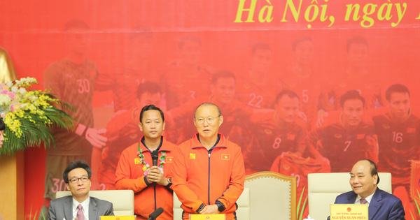 HLV Park Hang-seo: ''Vinh quang của đội tuyển bóng đá nam hôm nay dành tặng cho người hâm mộ Việt Nam''