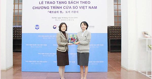 Thư viện Quốc gia Việt Nam tiếp nhận gần 100 đầu sách từ chương trình ''Cửa sổ Việt Nam''