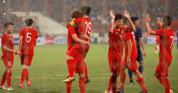 HLV trưởng đội tuyển Thái Lan: