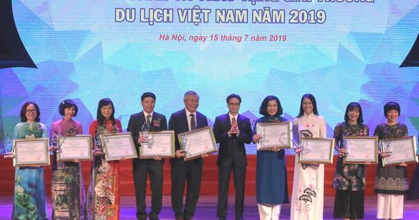 Lễ Vinh danh và trao tặng giải thưởng Du lịch Việt Nam năm 2019