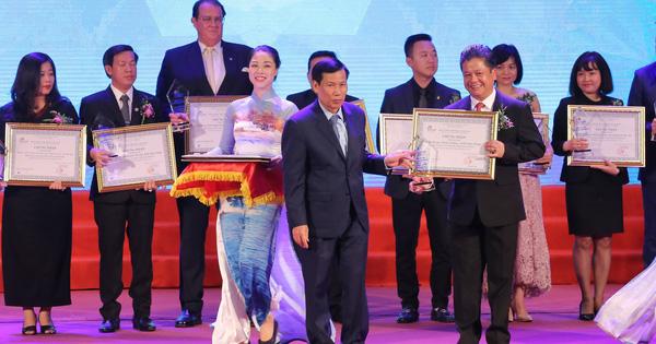 Hình ảnh Lễ vinh danh và trao giải thưởng Du lịch Việt Nam năm 2019