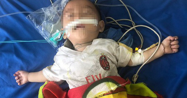 Bé trai 1 tuổi nguy kịch vì thầy lang dùng thuốc phiện chữa tiêu chảy