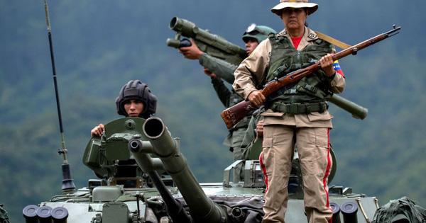 Tung lời hứa ''sắt son'' với quân đội Venezuela, Nga đánh tan lời đồn đoán