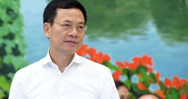 """Bộ trưởng Nguyễn Mạnh Hùng: """"Nếu còn tồn tại sim rác thì nhà mạng đó sẽ không được cấp phép các dịch vụ mới"""""""