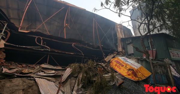 Vụ cháy ở Công ty Rạng Đông: Hai Phó Thủ tướng yêu cầu khẩn trương làm rõ phạm vi, giới hạn khu vực ô nhiễm môi trường