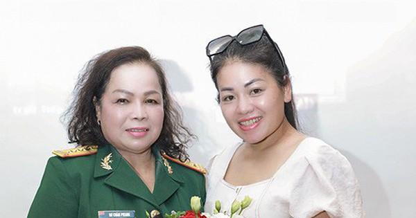 NSND Quang Thọ, ca sĩ Anh Thơ ngưỡng mộ sự yêu nghề của