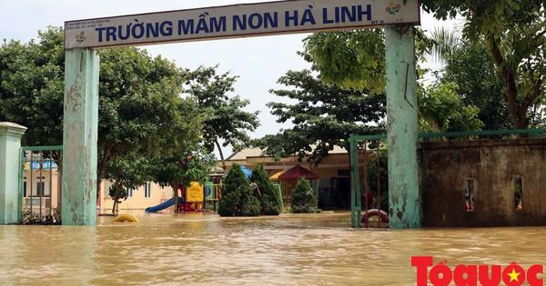 Thủ tướng Chính phủ quyết định xuất cấp gạo hỗ trợ bà con vùng lũ hai tỉnh Hà Tĩnh và Quảng Bình