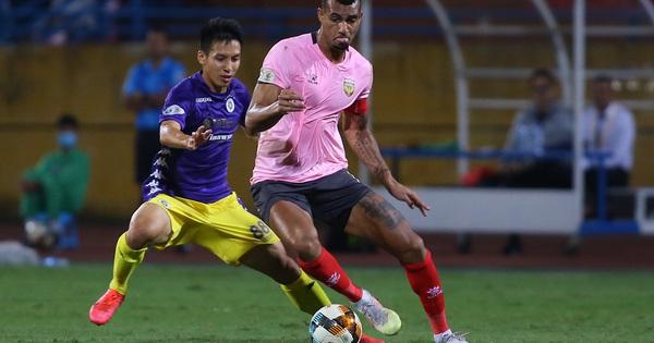 Thắng tối thiểu Hà Tĩnh, Hà Nội FC áp sát CLB Viettel