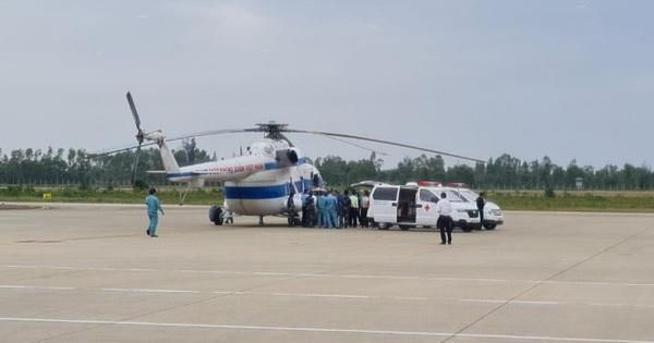 Quảng Trị: Trực thăng tiếp cận đưa 2 người bị thương...