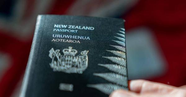 Tại sao hộ chiếu New Zealand bất ngờ lên
