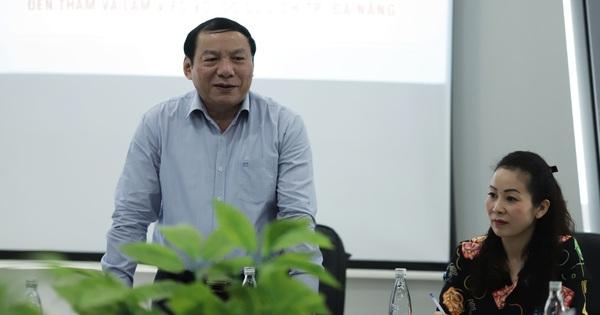 Thứ trưởng Nguyễn Văn Hùng gợi mở cho ngành du lịch Đà Nẵng phát triển
