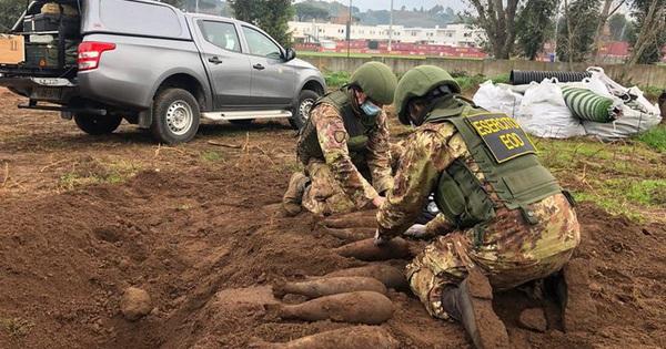 AS Roma phát hiện bom từ thế chiến thứ 2 trong khu tập luyện - giá vàng 9999 hôm nay 109