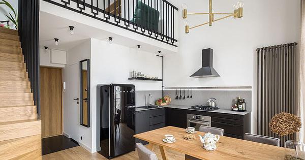 Căn hộ nhỏ xíu cực xinh xắn với tầng lửng màu đen và trắng ấn tượng